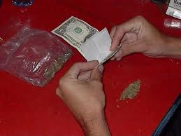 How to roll a joint with a dollar